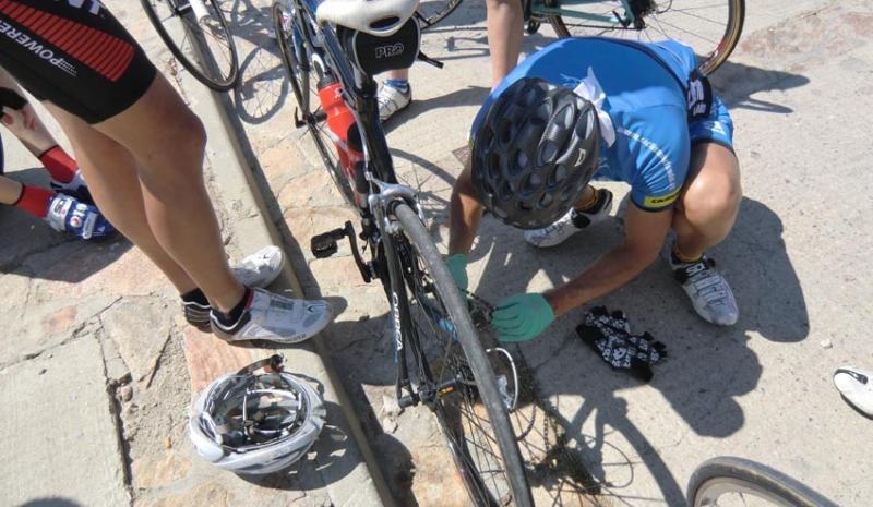 Resultado de imagen de ciclista andando averia