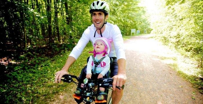 Diferentes sillitas para llevar a los ni os en la bici - Silla portabebes bicicleta ...
