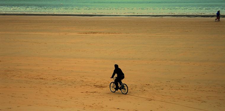 En bici por la ciudad Fuente: www.ciudadano00.es