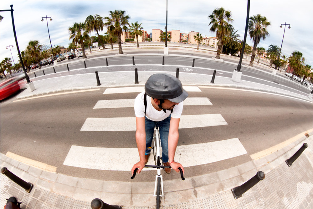 Ciclistas urbanos Fuente:  www.yorokobu.es