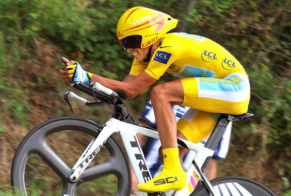 Piernas en bicicleta Fuente: m.forocoches.com